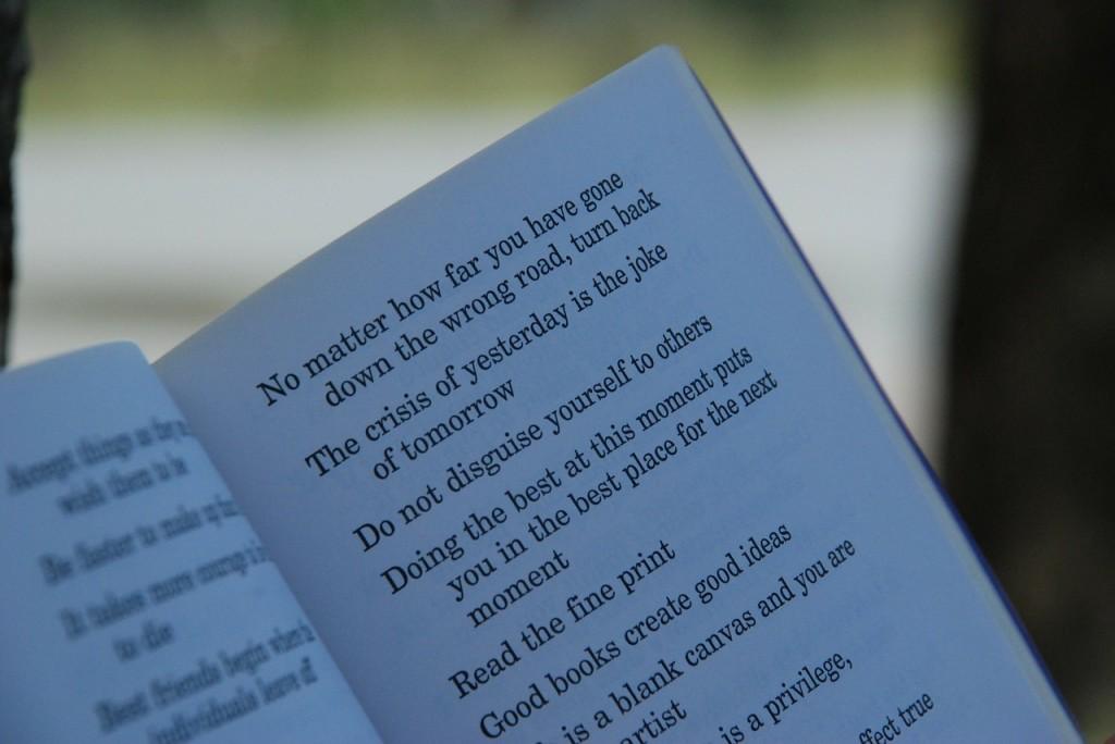 """""""Nunca te quejes de nadie"""", un consejo del gran Pablo Neruda"""